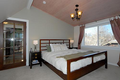 lowell_house_bedroom_2